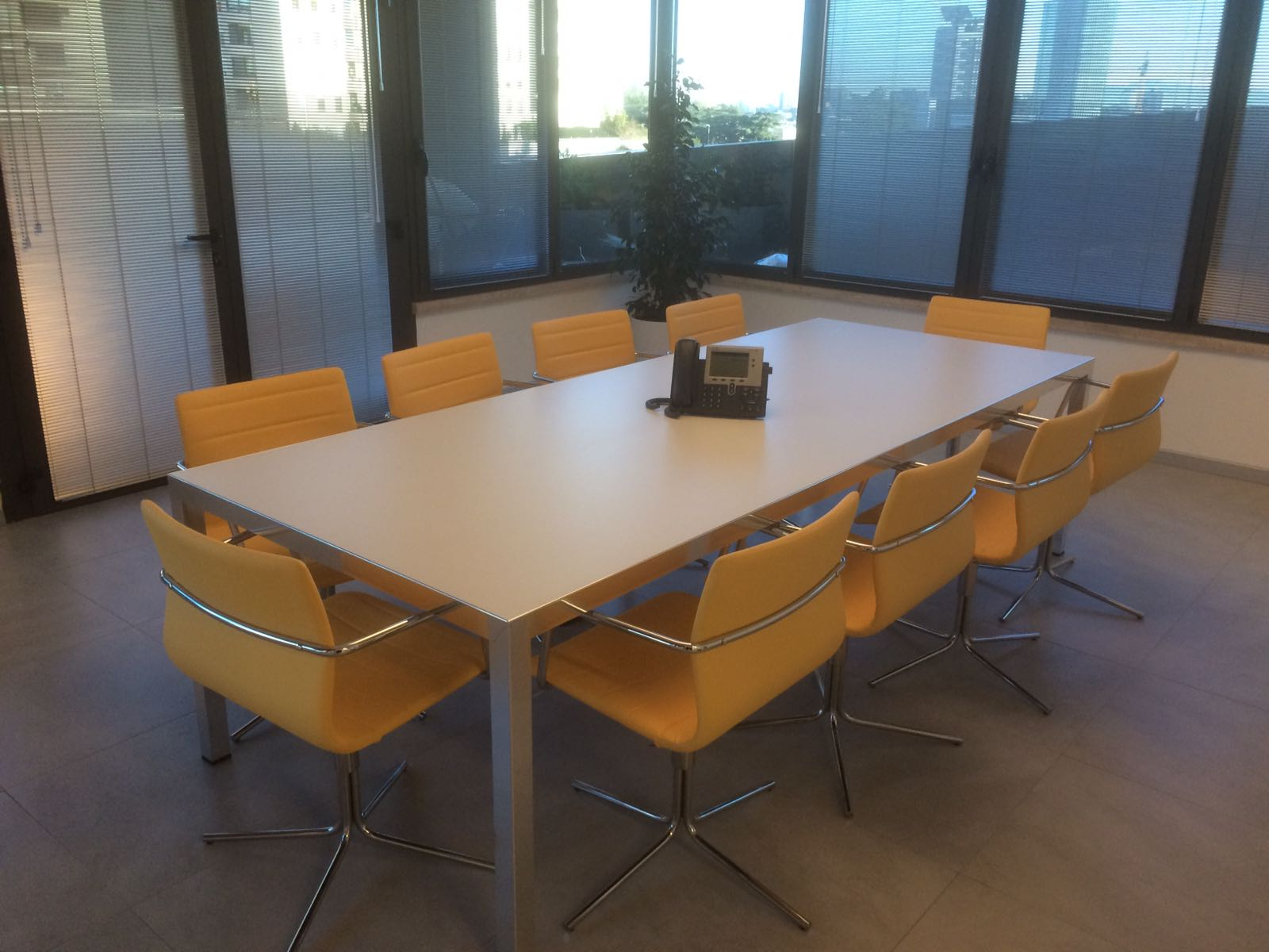 Arredamento Ufficio Roma : Progetto arredo open space roma chiquita sistema ufficio
