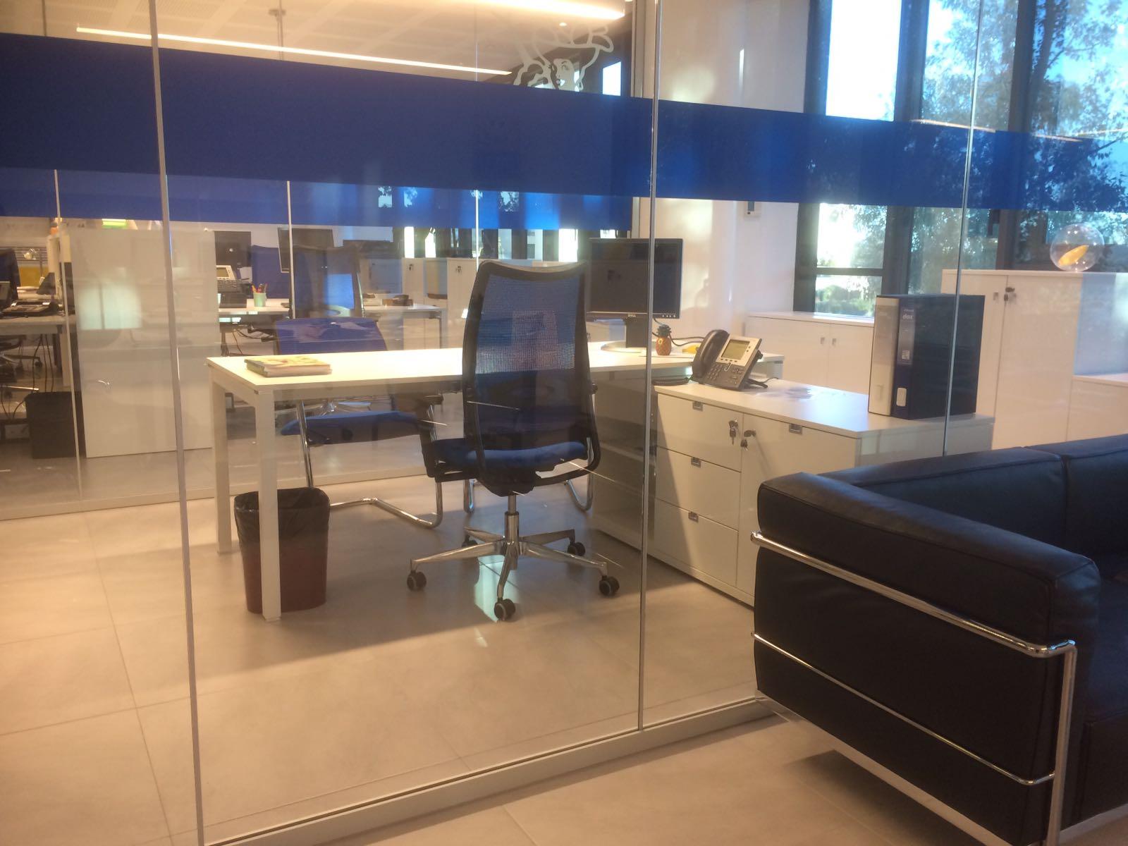 Arredamento ufficio roma la nuova parete divisoria light for Arredamento casa roma